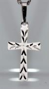 Přívěšek křížek na krk SKZ002