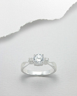 Stříbrný prsten 669